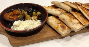 Pasha warm bread, olives, crumbled feta and tomato dipping sauce.jpg