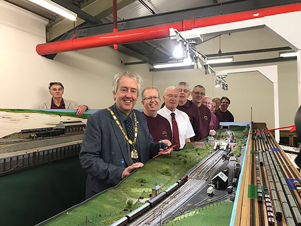 Mayor of Milton Keynes (Cllr David Hopkins) cuts the ribbon on new model railway